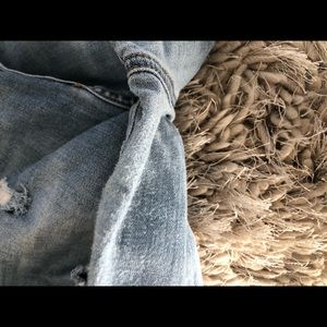 American Eagle Outfitters Jeans - Ripped American eagle jeans